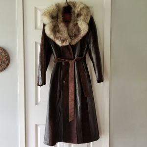 🧥 MADE IN CANADA LEATHER COAT WITH FUR